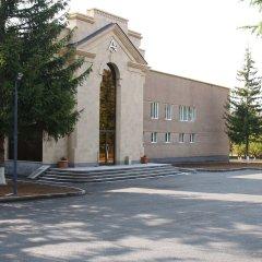 Отель Jermuk Ashkhar (Санаторий Джермук) Армения, Джермук - 2 отзыва об отеле, цены и фото номеров - забронировать отель Jermuk Ashkhar (Санаторий Джермук) онлайн парковка