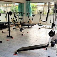 Апартаменты Top Floor Spacious Studio Паттайя фитнесс-зал