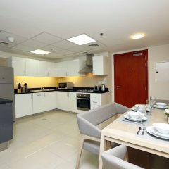 Отель Kennedy Towers - Park Towers Дубай в номере