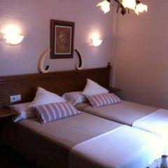 Отель Hostal Costa de la Luz Испания, Кониль-де-ла-Фронтера - отзывы, цены и фото номеров - забронировать отель Hostal Costa de la Luz онлайн комната для гостей фото 3
