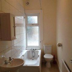 Отель Lathom Cottage Лондон ванная