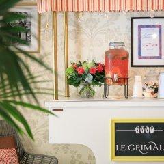 Отель Hôtel Le Grimaldi by Happyculture Франция, Ницца - 6 отзывов об отеле, цены и фото номеров - забронировать отель Hôtel Le Grimaldi by Happyculture онлайн интерьер отеля