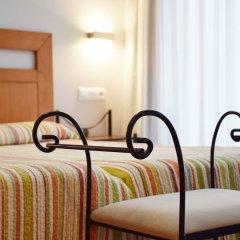 Отель Apartamentos La Barzana комната для гостей фото 5