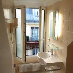 Отель Hôtel des 3 Collèges Франция, Париж - отзывы, цены и фото номеров - забронировать отель Hôtel des 3 Collèges онлайн ванная