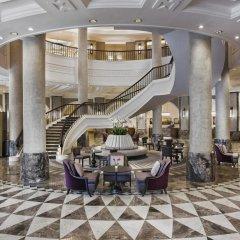 Conrad Istanbul Bosphorus Турция, Стамбул - 3 отзыва об отеле, цены и фото номеров - забронировать отель Conrad Istanbul Bosphorus онлайн интерьер отеля