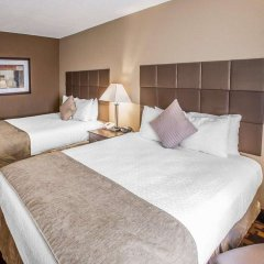 Отель Quality Inn & Suites Denver Stapleton комната для гостей фото 3