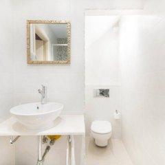 Отель AinB Gothic-Jaume I Apartments Испания, Барселона - 3 отзыва об отеле, цены и фото номеров - забронировать отель AinB Gothic-Jaume I Apartments онлайн ванная фото 2