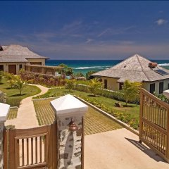 Отель Villa 17 - Four Bedroom Villa пляж