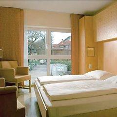 Отель Jufa Salzburg City Зальцбург комната для гостей