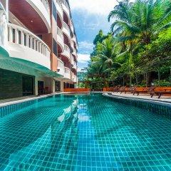 Отель Rattana Hill Патонг бассейн фото 2