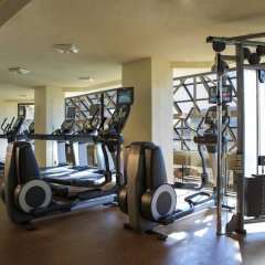 Отель Crystal Gateway Marriott фитнесс-зал фото 3