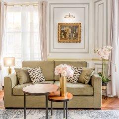 Отель Sunshine 2 bedroom - Luxury at Louvre Париж фото 21