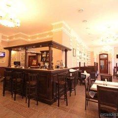 Гостиница Reikartz Dworzec Львов Украина, Львов - отзывы, цены и фото номеров - забронировать гостиницу Reikartz Dworzec Львов онлайн гостиничный бар