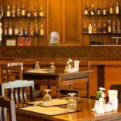 Lamphu Tree House Boutique Hotel гостиничный бар
