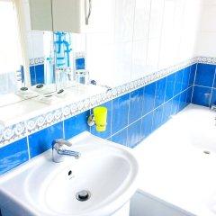 Corner House Hotel ванная