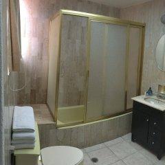 Отель Grupo Kings Suites Alcazar De Toledo Мехико ванная