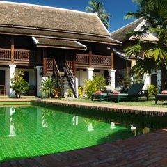 Отель Villa Maydou Boutique Hotel Лаос, Луангпхабанг - отзывы, цены и фото номеров - забронировать отель Villa Maydou Boutique Hotel онлайн бассейн
