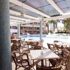 Отель Parasol Garden бассейн фото 2