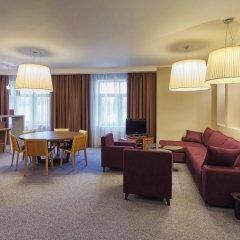 Гостиница Mercure Lipetsk Center в Липецке 9 отзывов об отеле, цены и фото номеров - забронировать гостиницу Mercure Lipetsk Center онлайн Липецк комната для гостей фото 4