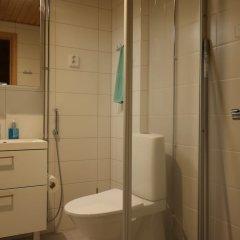 Апартаменты Local Nordic Apartments - Arctic Fox Ювяскюля ванная