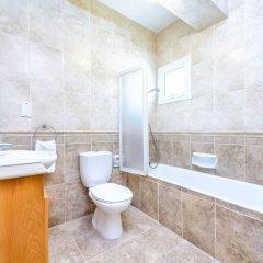 Отель Villa Zacharia Кипр, Протарас - отзывы, цены и фото номеров - забронировать отель Villa Zacharia онлайн ванная фото 2