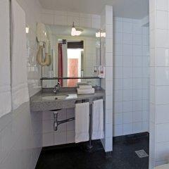 Отель A-Train Hotel Нидерланды, Амстердам - 2 отзыва об отеле, цены и фото номеров - забронировать отель A-Train Hotel онлайн ванная фото 2