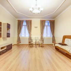 Апартаменты STN Apartments on Nevsky prospect Санкт-Петербург комната для гостей фото 16