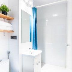 Отель Little Home - City Center 2 ванная