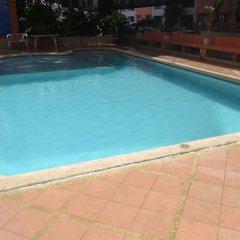Отель SDR Mactan Serviced Apartments Филиппины, Лапу-Лапу - отзывы, цены и фото номеров - забронировать отель SDR Mactan Serviced Apartments онлайн бассейн фото 2