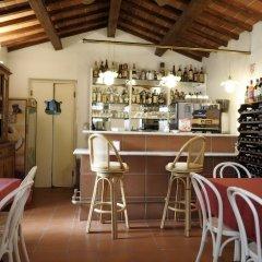 Отель Villa Belvedere Италия, Сан-Джиминьяно - отзывы, цены и фото номеров - забронировать отель Villa Belvedere онлайн гостиничный бар