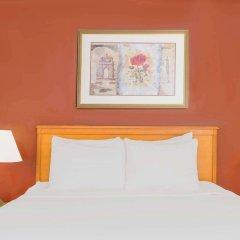 Отель Hawthorn Suites By Wyndham Airport Columbus East Колумбус комната для гостей