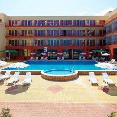 Отель Sea Complex Relax& Spa- All Inclusive Болгария, Поморие - отзывы, цены и фото номеров - забронировать отель Sea Complex Relax& Spa- All Inclusive онлайн бассейн