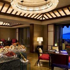 Отель The Ritz-Carlton Sanya, Yalong Bay Китай, Санья - отзывы, цены и фото номеров - забронировать отель The Ritz-Carlton Sanya, Yalong Bay онлайн интерьер отеля фото 3