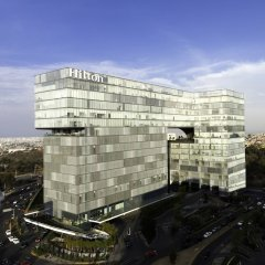 Отель Hilton Mexico City Santa Fe Мексика, Мехико - отзывы, цены и фото номеров - забронировать отель Hilton Mexico City Santa Fe онлайн балкон