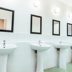 Отель In-Joy Hostel Польша, Варшава - отзывы, цены и фото номеров - забронировать отель In-Joy Hostel онлайн ванная фото 2