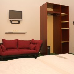 Отель Pension Stadthalle Вена комната для гостей фото 3