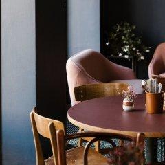 Отель Alexandra Дания, Копенгаген - отзывы, цены и фото номеров - забронировать отель Alexandra онлайн гостиничный бар фото 3