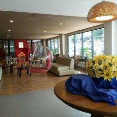 Отель Sriracha Orchid интерьер отеля