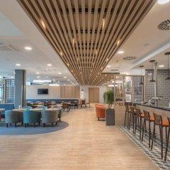 Отель Holiday Inn Express Cologne - City Centre Кёльн гостиничный бар
