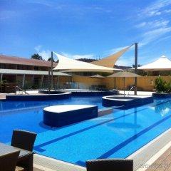 Отель Crowne Plaza Alice Springs Lasseters бассейн