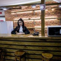Отель Клубный Отель Флагман Кыргызстан, Бишкек - отзывы, цены и фото номеров - забронировать отель Клубный Отель Флагман онлайн интерьер отеля
