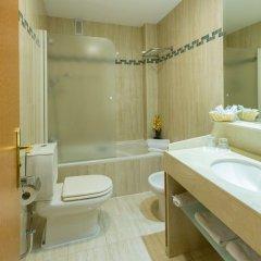 Отель Reina Cristina ванная фото 2