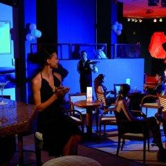 Отель Riu Helios Bay Болгария, Аврен - отзывы, цены и фото номеров - забронировать отель Riu Helios Bay онлайн гостиничный бар