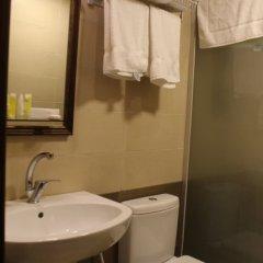 Отель Shaqilath Hotel Иордания, Вади-Муса - отзывы, цены и фото номеров - забронировать отель Shaqilath Hotel онлайн ванная