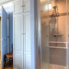 Отель Leclerc A Франция, Париж - отзывы, цены и фото номеров - забронировать отель Leclerc A онлайн ванная фото 2