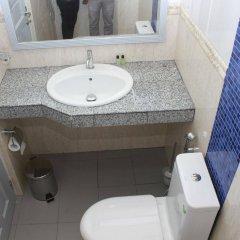 Отель Surfview Raalhugandu Мальдивы, Мале - отзывы, цены и фото номеров - забронировать отель Surfview Raalhugandu онлайн ванная