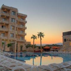 Отель Ramada Resort Dead Sea Иордания, Ма-Ин - 1 отзыв об отеле, цены и фото номеров - забронировать отель Ramada Resort Dead Sea онлайн бассейн