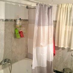 Отель Spacious Apartment in Athens Греция, Афины - отзывы, цены и фото номеров - забронировать отель Spacious Apartment in Athens онлайн ванная