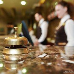 Отель Crowne Plaza Jordan Dead Sea Resort & Spa Иордания, Сваймех - отзывы, цены и фото номеров - забронировать отель Crowne Plaza Jordan Dead Sea Resort & Spa онлайн гостиничный бар