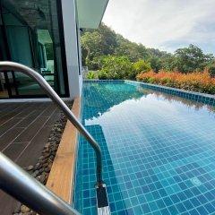 Отель Baan Kongdee Sunset Resort Таиланд, Пхукет - 1 отзыв об отеле, цены и фото номеров - забронировать отель Baan Kongdee Sunset Resort онлайн приотельная территория фото 2